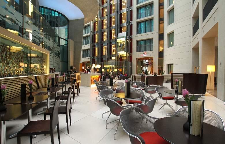 Radisson Blu Hotel Berlin - Bar - 5