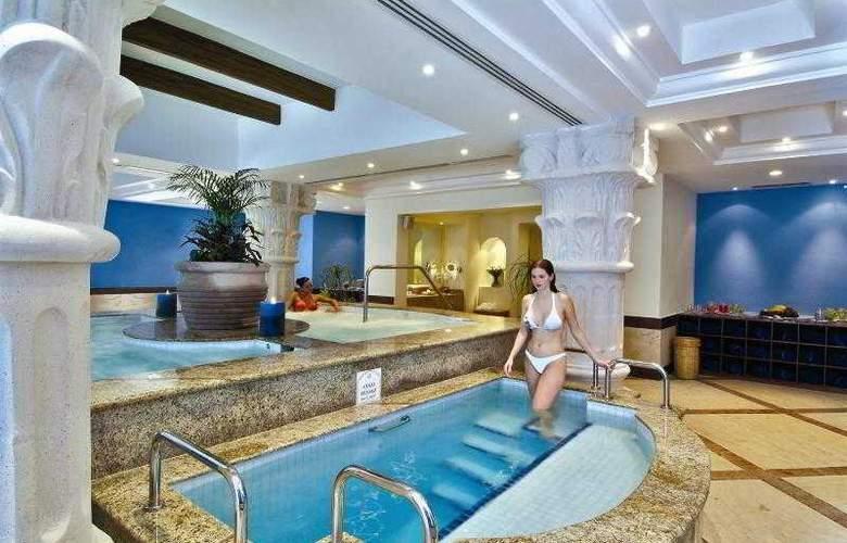 The Royal Playa del Carmen All Inclusive - Hotel - 6
