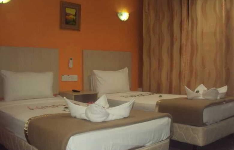 Starcastle Golden Palace Hotel - Room - 4