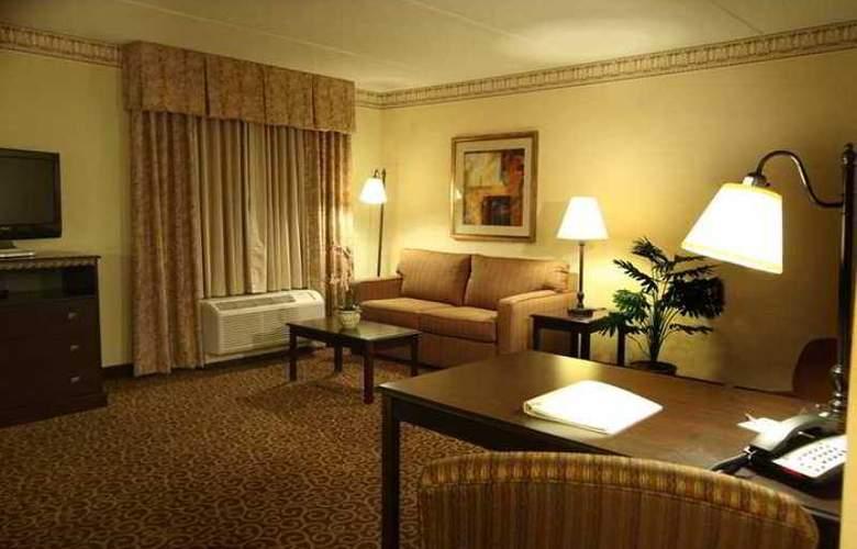 Hampton Inn & Suites Staten Island - Hotel - 6
