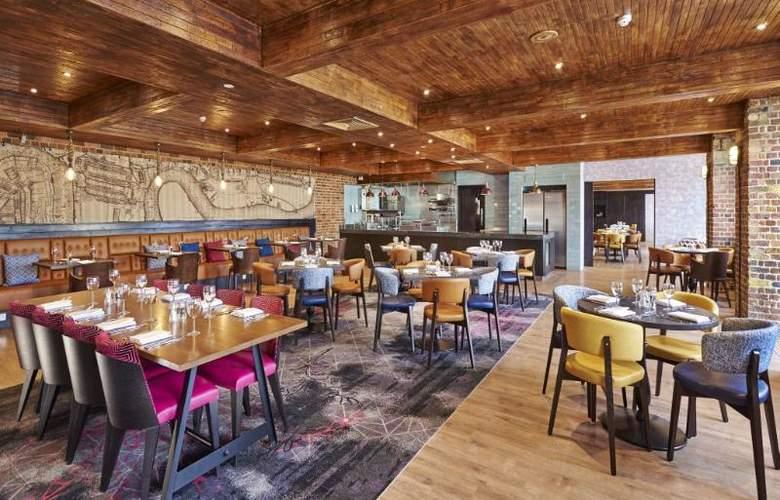 Hilton London Docklands Riverside - Restaurant - 52