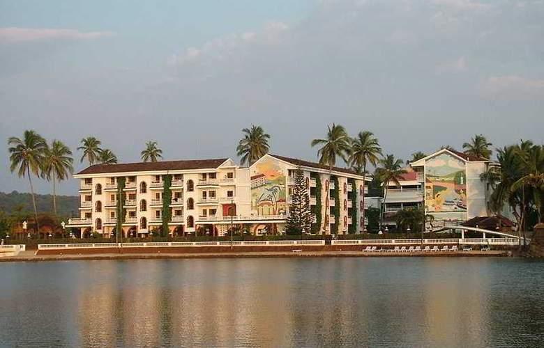 Resort Marinha Dourada - Hotel - 0