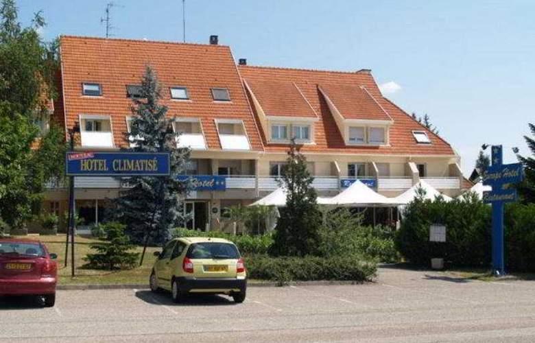Europe - Hotel - 0