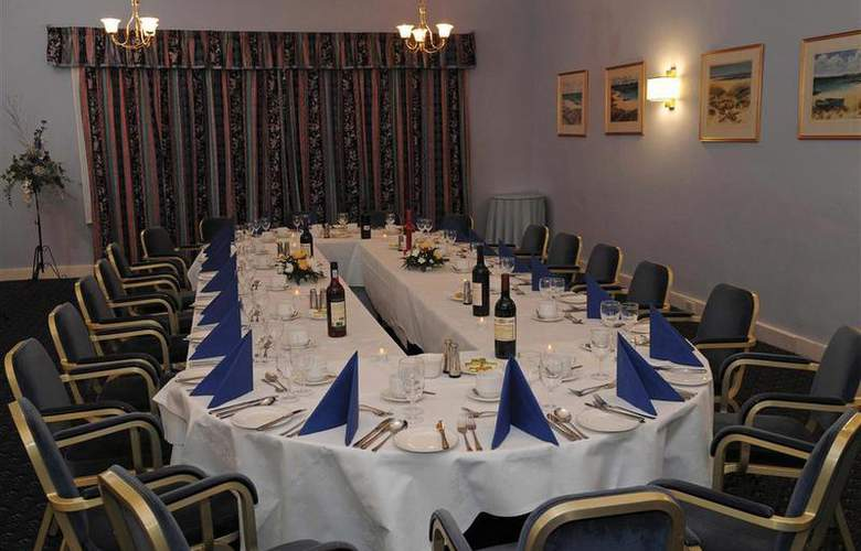 Best Western Kings Manor Hotel - Restaurant - 224