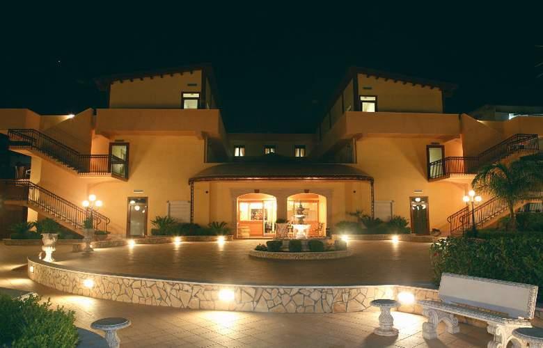 Villa Romana - Hotel - 0