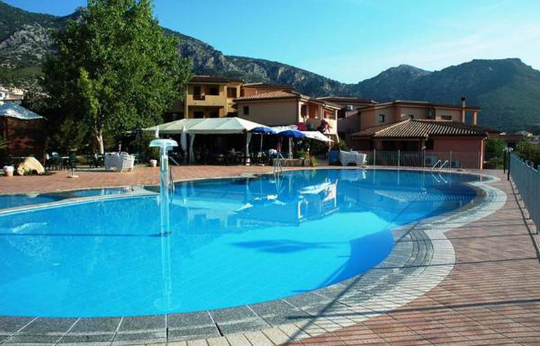 Parco Blu Club Resort - Hotel - 4