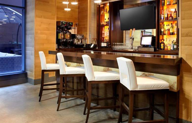 Cambria Hotel & Suites New York - Chelsea - Bar - 3