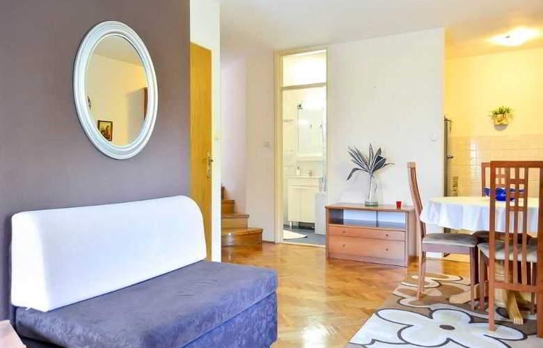 Apartmani Slavica - Room - 8