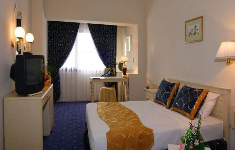 Le Grande Plaza - Room - 2