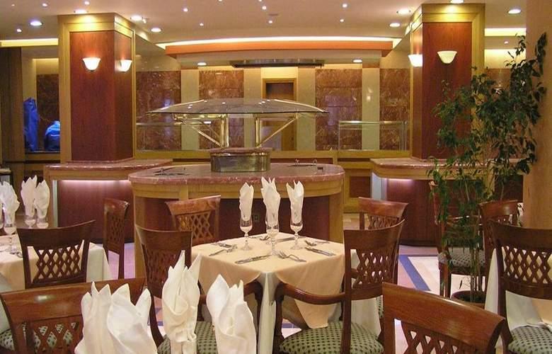 Mythos Palace - Restaurant - 23