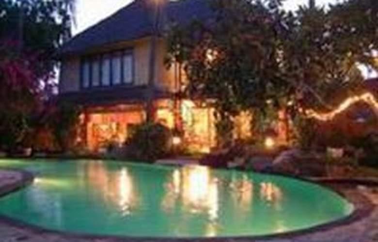 Bali Royal Suites - Hotel - 0