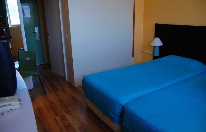 Turismo - Room - 0