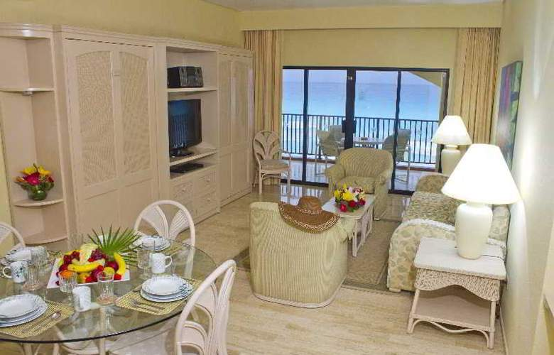 The Royal Islander - An All Suites Resort - Room - 8
