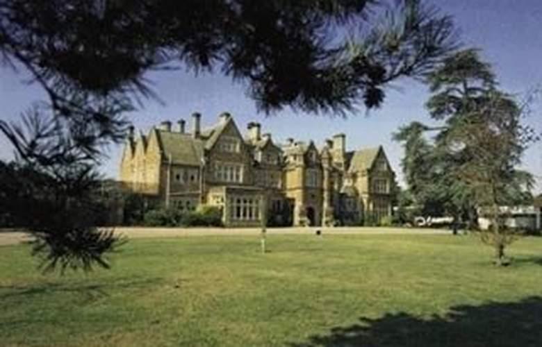 De Vere Hartsfield Manor - Hotel - 0