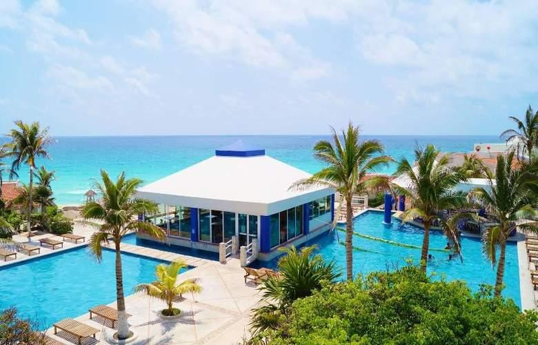 Solymar Beach Resort - Pool - 17