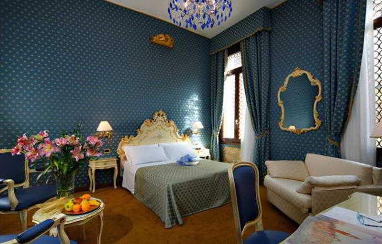 Torino - Room - 11