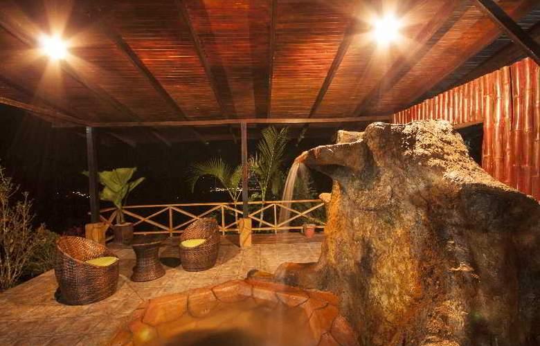 GreenLagoon Wellbeing Resort - Pool - 10
