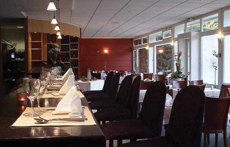 Escale Oceania Brest Aéroport - Restaurant - 8