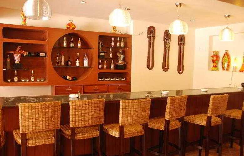Sun City Resort - Bar - 1