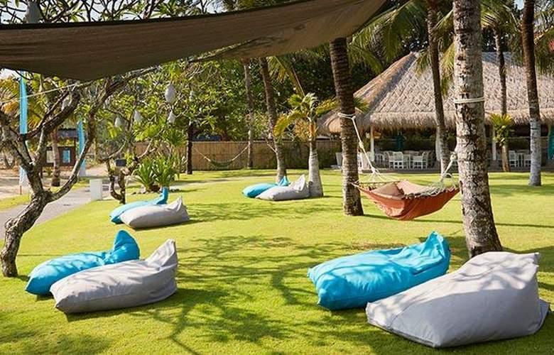 Sol Beach House Bali Benoa - Terrace - 9