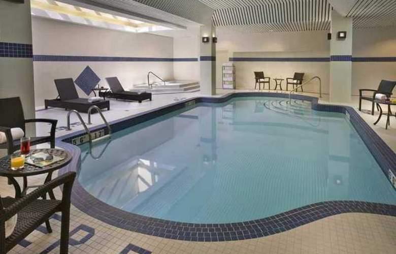 Hilton Garden Inn Toronto/City Centre - Hotel - 10