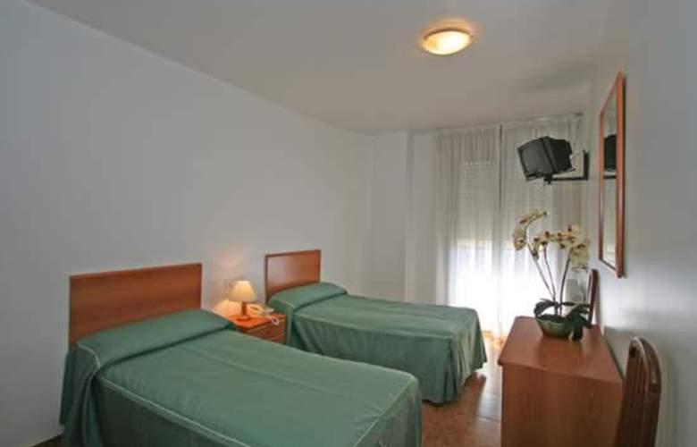 Madrid - Room - 9