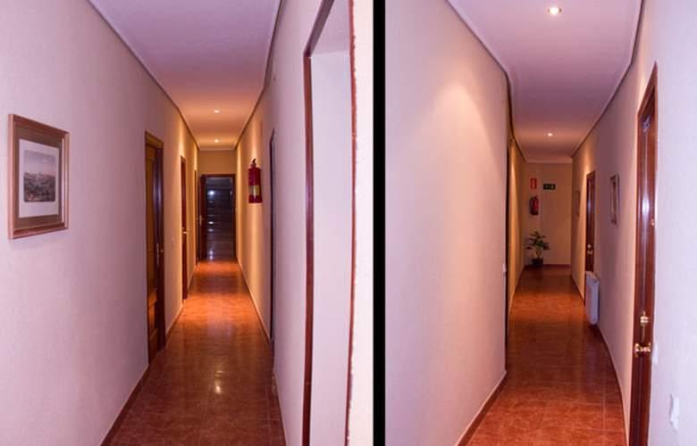 El Pilar - Hotel - 6