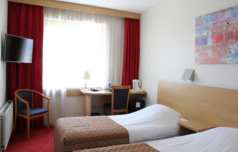 Bastion Schiphol Hoofddorp - Room - 8