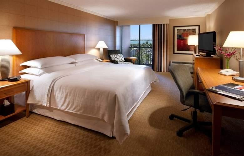 Sheraton Sand Key Resort - Room - 22