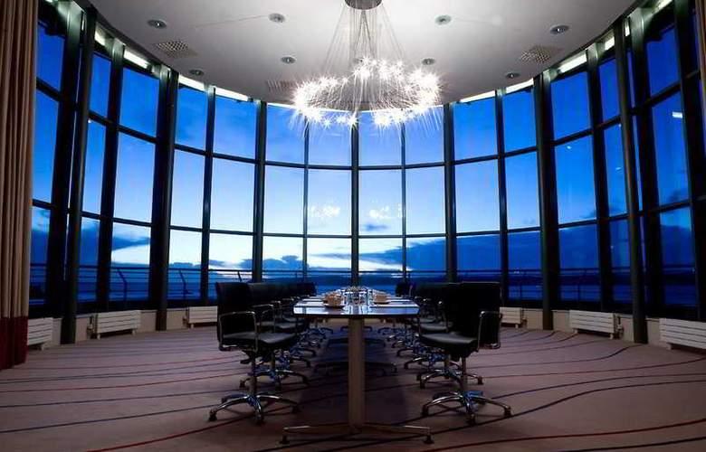 Radisson BLU Waterfront Hotel - Conference - 9