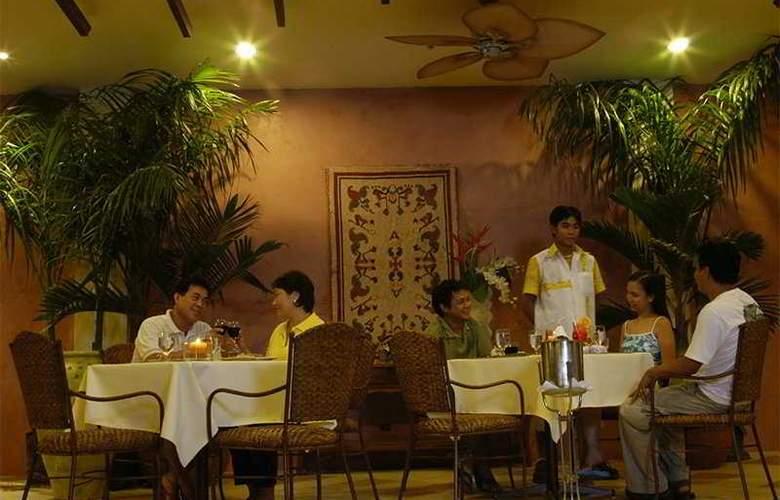 Boracays Tropics - Restaurant - 4