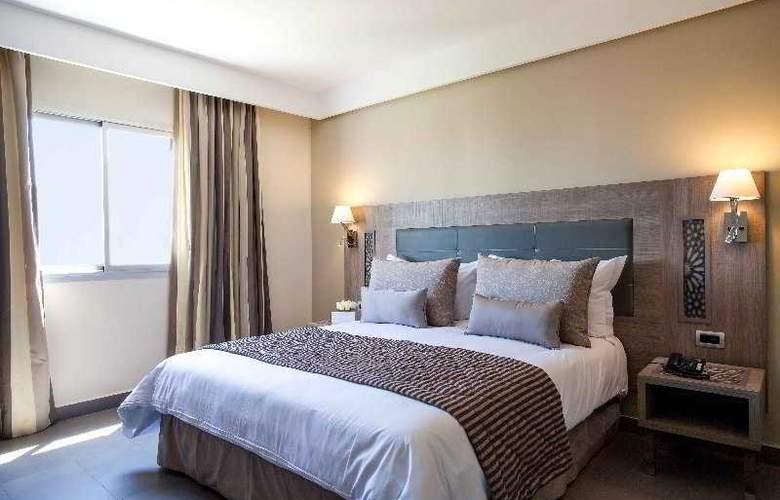 Atlas Sky Airport Hotel - Room - 10