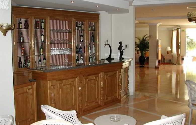 Ria Park Garden - Bar - 5