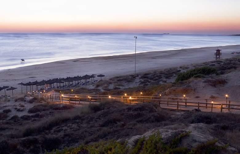 Meliá Sancti Petri Gran Lujo - Beach - 6