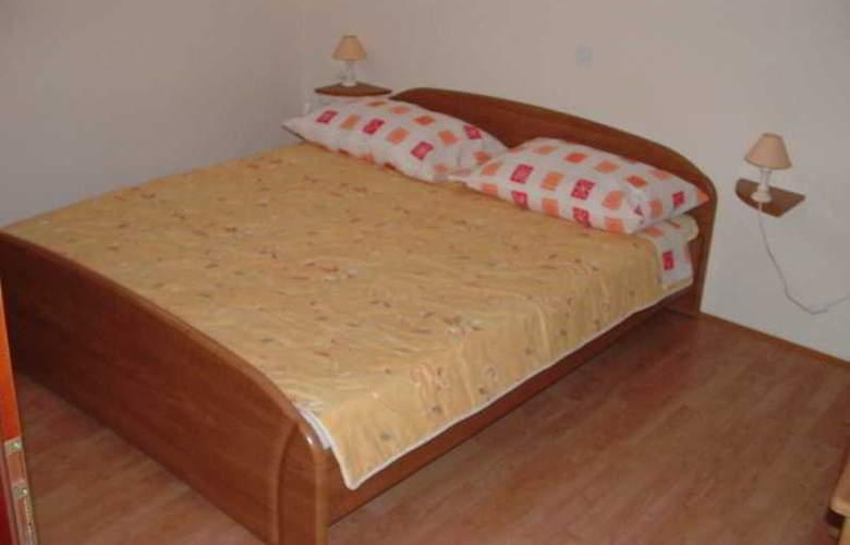 Apartmani Ivanka - Room - 12