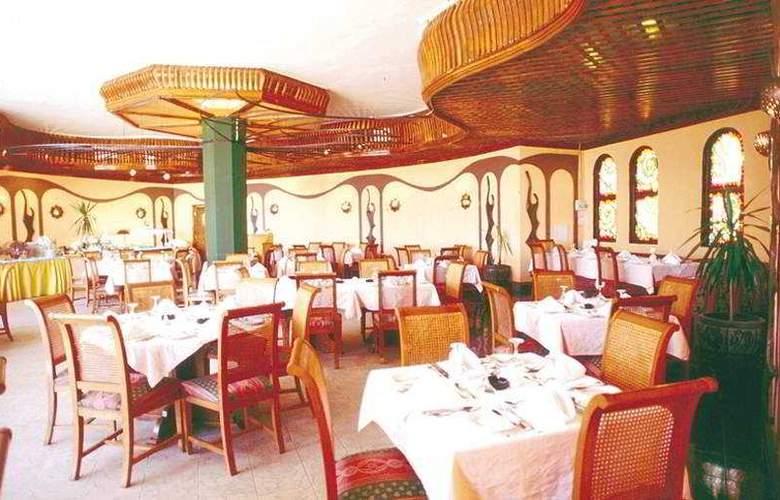 Turquoise Beach Hotel - Restaurant - 6