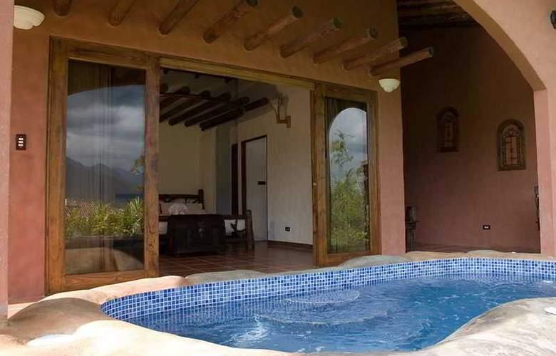 Mountain Paradise - Pool - 7