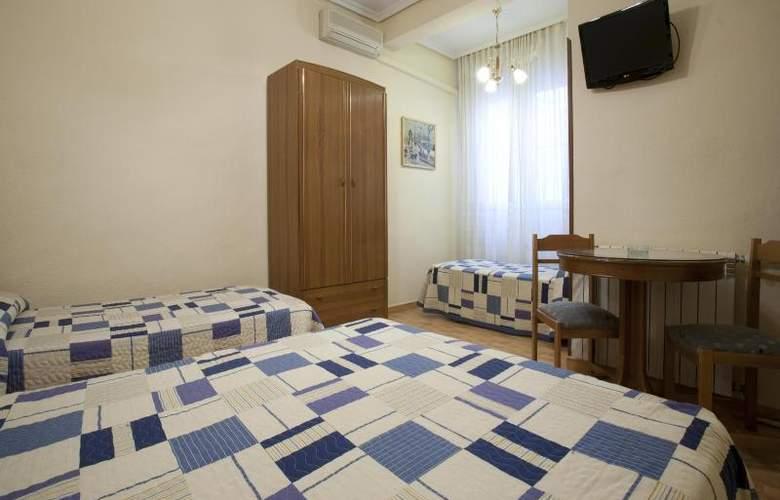 Hostal Maria Luisa - Room - 14