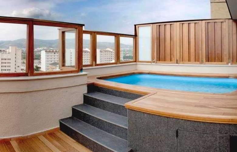 Aparthotel & Spa Acualandia - Terrace - 5