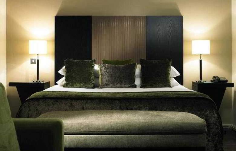De Vere Denham Grove - Room - 3