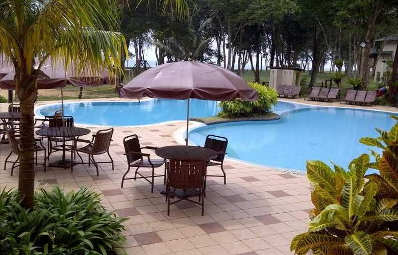 Suria Cherating Beach Resort - Pool - 14