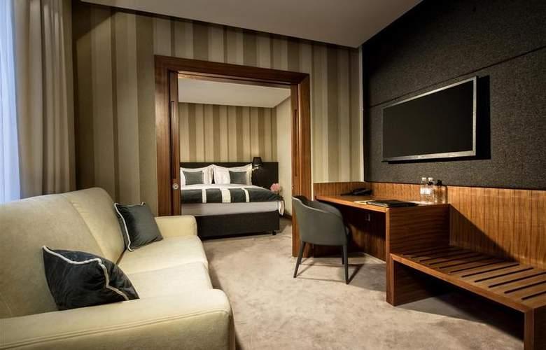Best Western Premier Slon - Room - 24