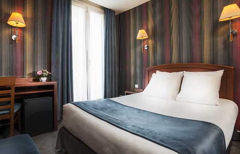 Charlemagne - Room - 6