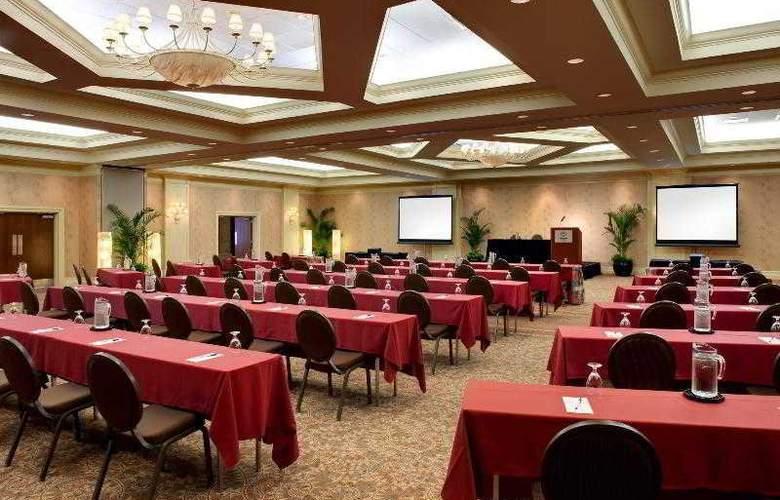 Sheraton Sand Key Resort - Hotel - 18