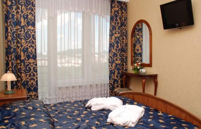 Dnister Premier Hotel - Room - 5