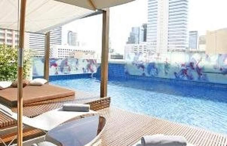 Le Meridien Bangkok - Pool - 7