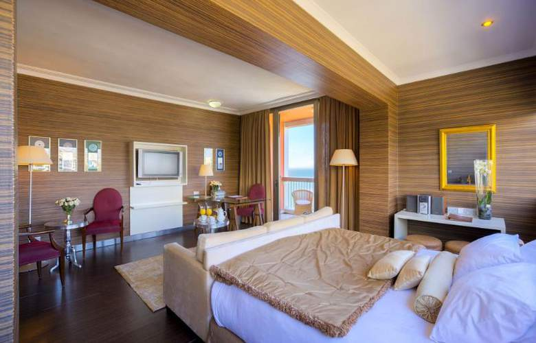 Classical Makedonia Palace - Room - 20
