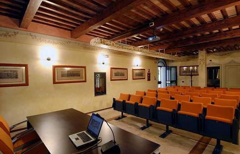 Bologna - Conference - 9
