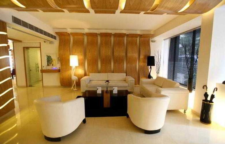 WH Hotel - Room - 9