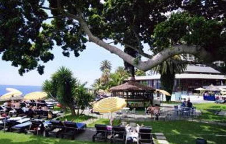 Pestana Casino Park - Terrace - 8